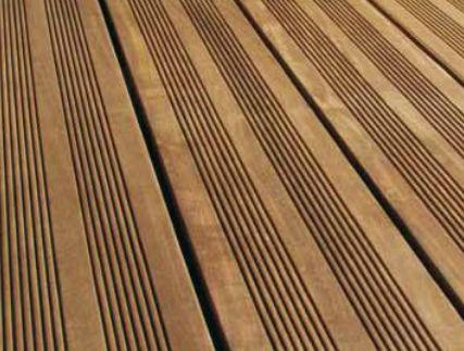 lame de terrasse bois leroy merlin fabulous la ralisation duune terrasse en bois le vendredi. Black Bedroom Furniture Sets. Home Design Ideas