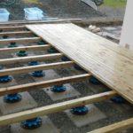 Plot plastique terrasse bois